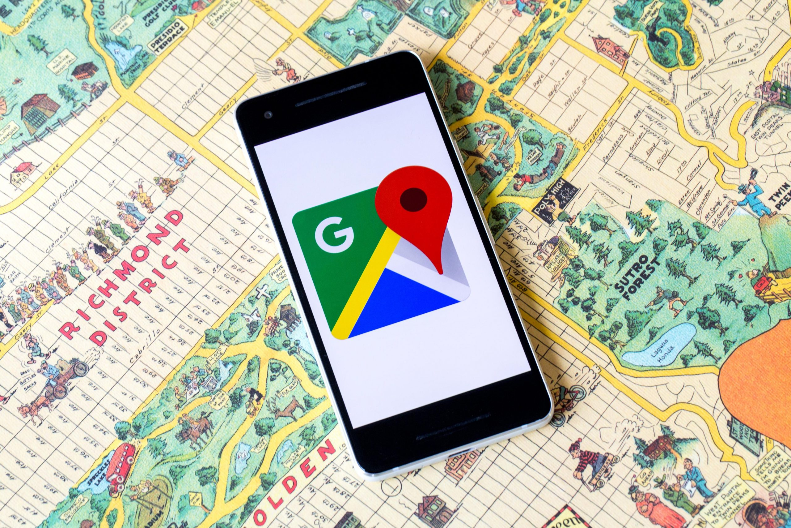 Google Maps Celebrates 15 Years: New Maps Icon & Map Features